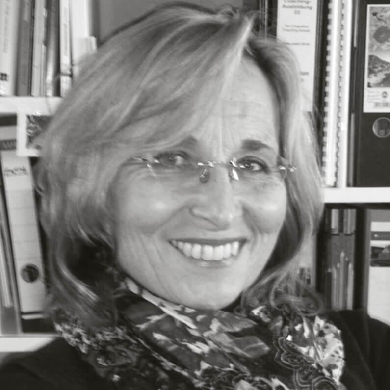 Marion Menge-Wilhelm - Portrait